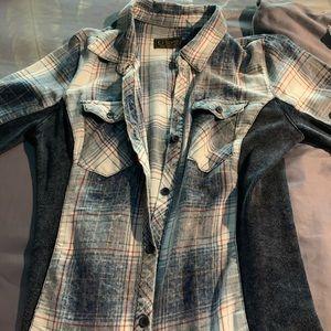 Tops - Plaid denim looking shirt